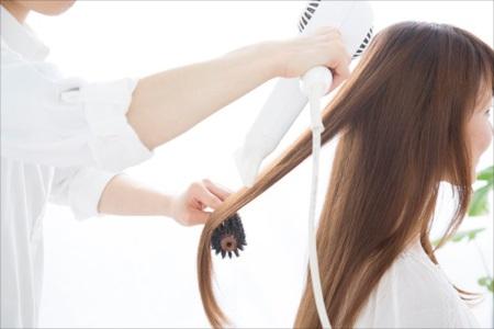 太田市の美容院【Cogic】では髪のダメージが気になる方へおすすめのパーマをご用意